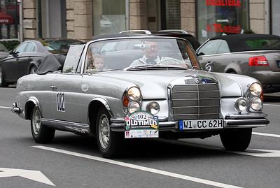 102_Mercedes220_1962_20090105_6331