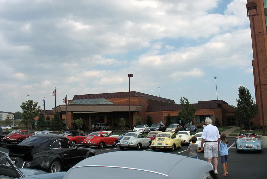 Another of the parking lot at the Marriott. Reserved parking just for 356s and obvious security as well.