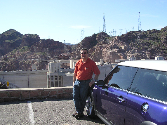 Rick and the MCS on the Arizona side of the dam. The 78 degree weather feels very nice.