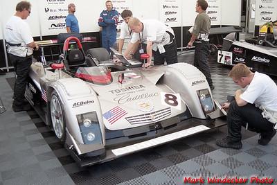 ....Cadillac Northstar LMP 01