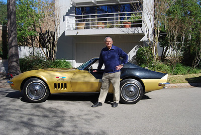 Astronaut Alan Bean and his former Corvette. Photo courtesy of Danny Reed, current Corvette owner.