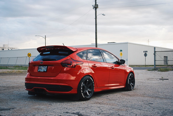 Alex's 2015 Focus ST on 18×9 5 Flat Black Grids | WHEELDUDE COM