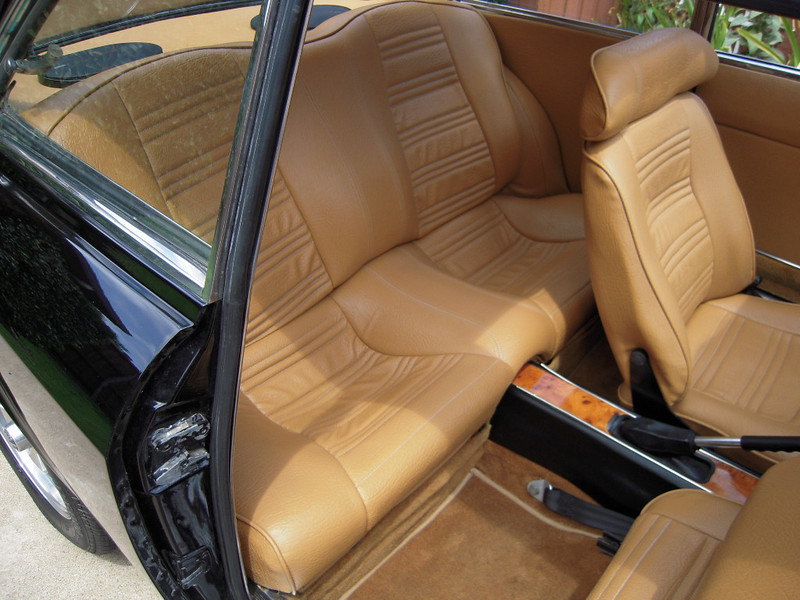interior, rear seat right side
