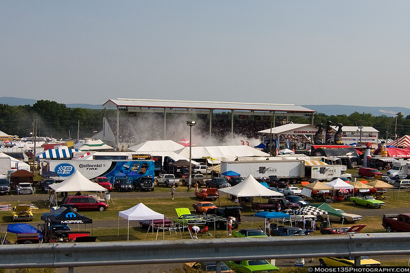 Burnout contest at the grandstand.