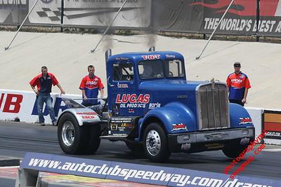 Diesel Truck Drags 5  31 2009