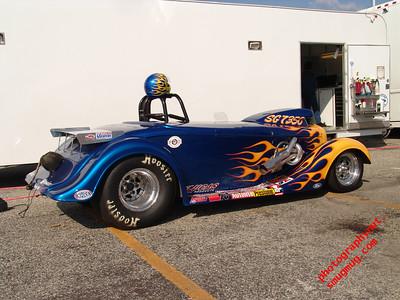 NHRA Pomona Powerade Drags Nov 2004