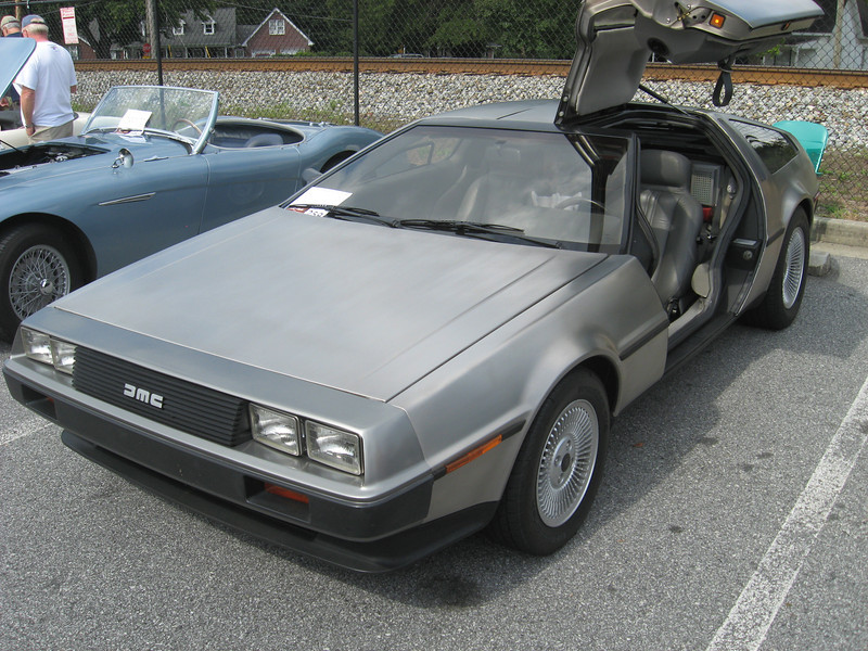 DeLorean DMC12.