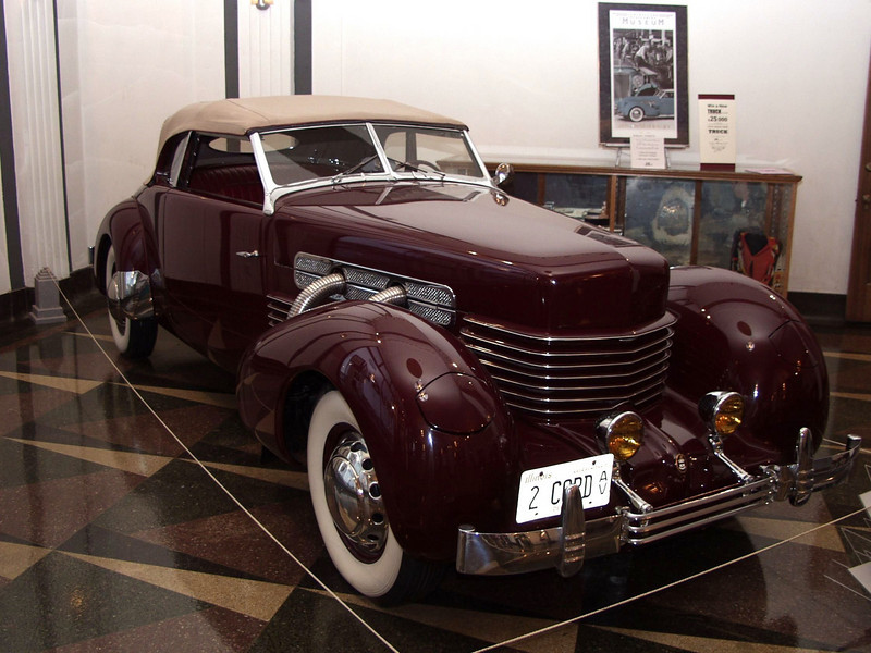 1937 Supercharged Cord 812 cabriolet