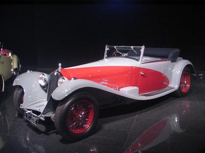 Alfa Romeo 8C-2300