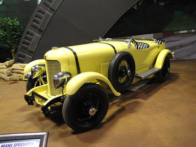 AMERICANS AT LE MANS. duPont Le Mans roadster replica. Although the actual car didn't do well at the 1929 Le Mans the company built a replica to commemorate their effort.