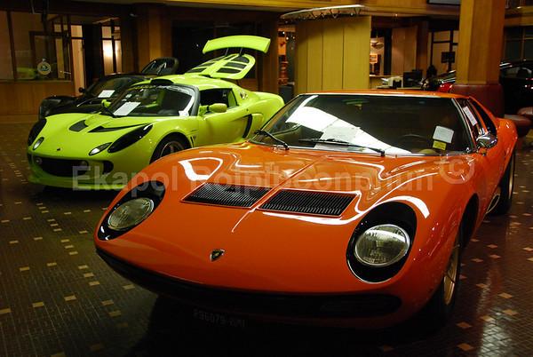 Lamborghini Miura - Lotus Exige  copyright © 2007 Ekapol Rojpiboonphun
