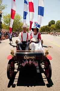 1903 Curved Dash Oldsmobile ( (National Independence Day Parade 2010)