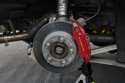 Cayman S brakes are enlarged by 5% (diameter) as per the rules. These are the rears.