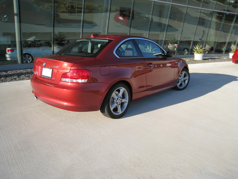 128i Sedona Red, non sport package