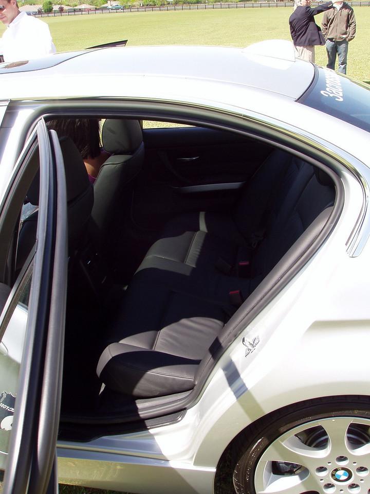2006 330i rear seating area