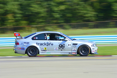BMW CCA Club Racing, Watkins Glen International, Friday enduro, 20-Sep-2013; Bus stop