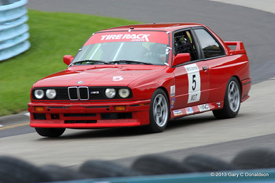 "BMW CCA Club Racing, Watkins Glen International, Sunday sprint, 22-Sep-2013; Turn 7 (""Toe of the Boot"")"