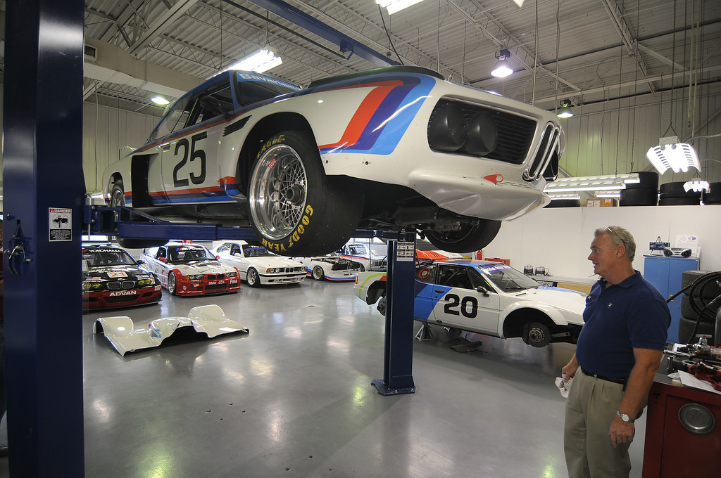 Dennis Swan shows us the underside of the 3.5 CSL.