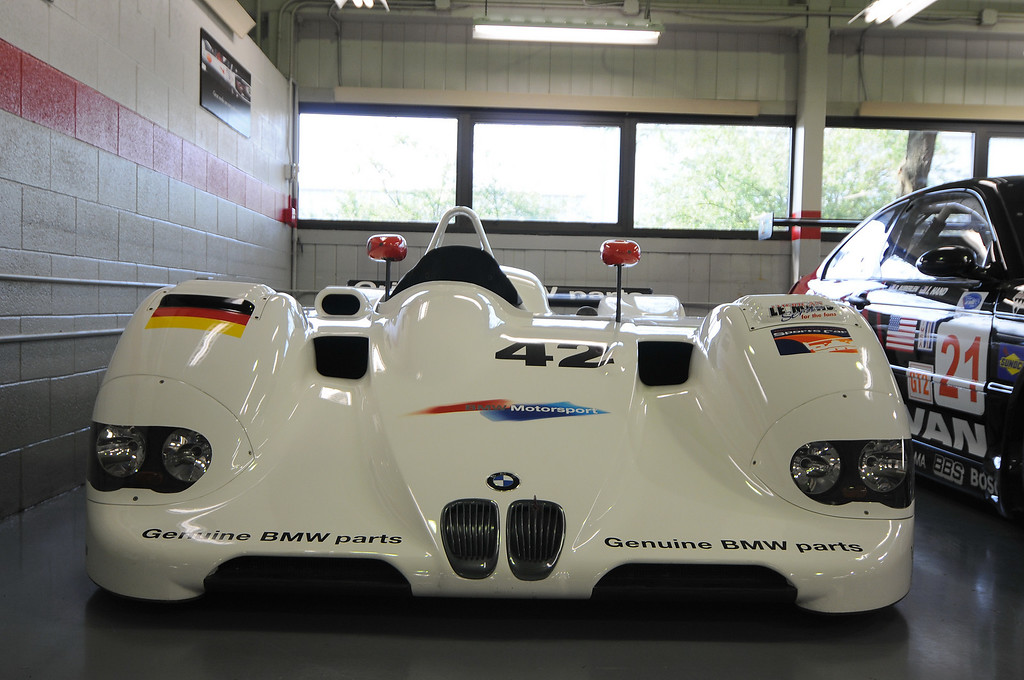 1999 V12 LMR