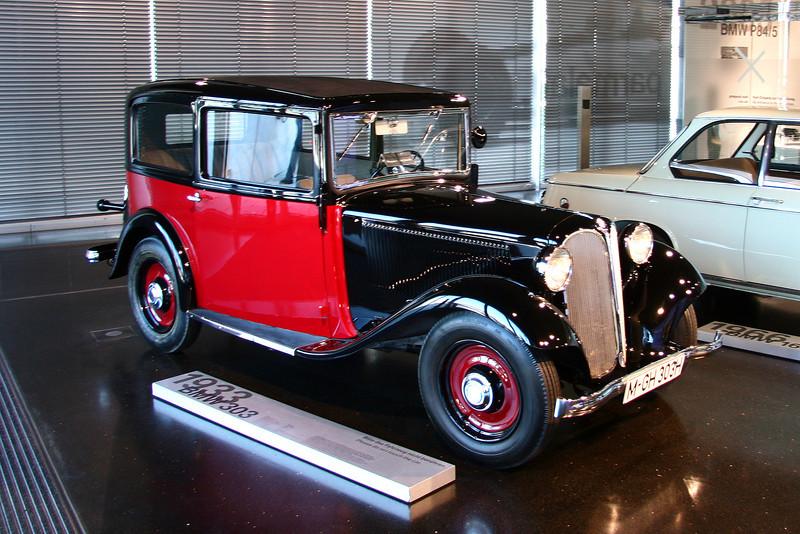 1933 BMW 303
