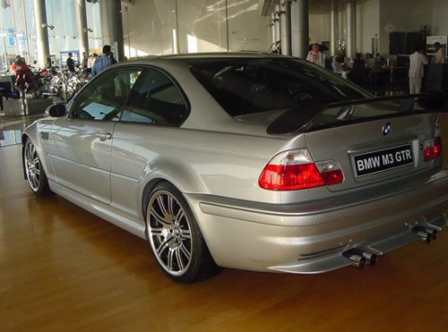 E46 M3 GTR road version
