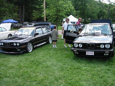 E28 M5 and E30 M3