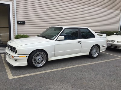 E30 M3. Evo II splitter with extension, Evo III rear wing, Style 5 wheels