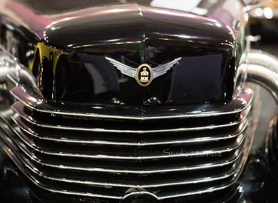 1937 Cord 812 Phaeton grill 4887
