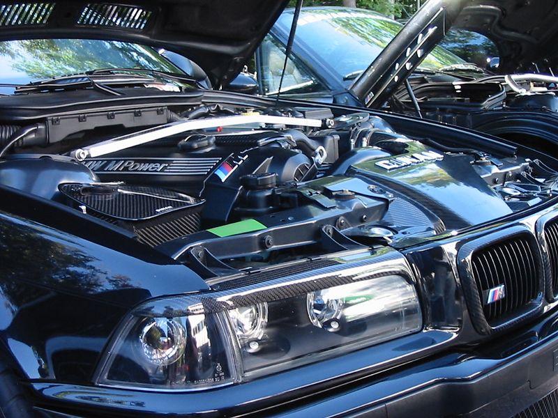E36 M3c with carbon fiber overload