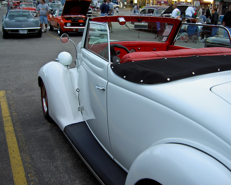 1936 Ford Model 68 Deluxe Rumble Seat Cabriolet
