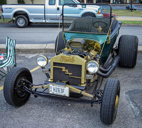 Brunswick Family Restaurant Car Show