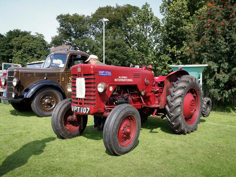 1957 McCormick International B250 Tractor