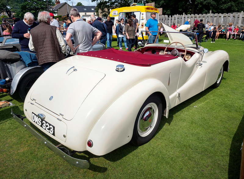 Burley Classic Car Show Androo - Ac car show