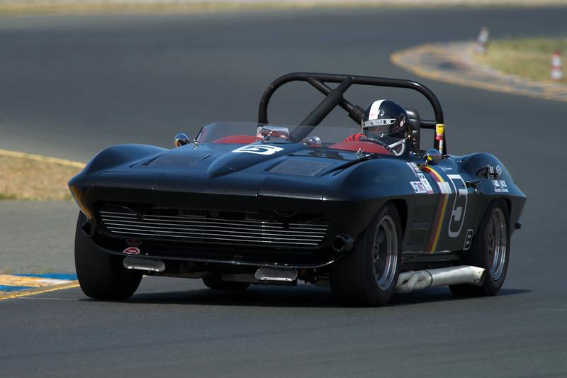 Jeff Abramson's fast 1964 Corvette.