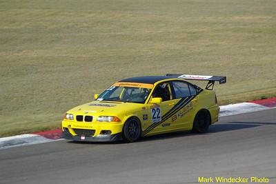 4TH LUC LESAGE 4S-BMW 330i