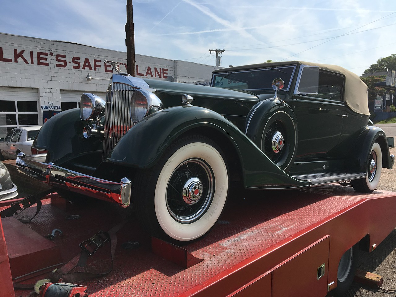 1934 Packard Super Eight Victoria Convertible by Dietrich (Nashville, Tennessee to Columbia, Tennessee)