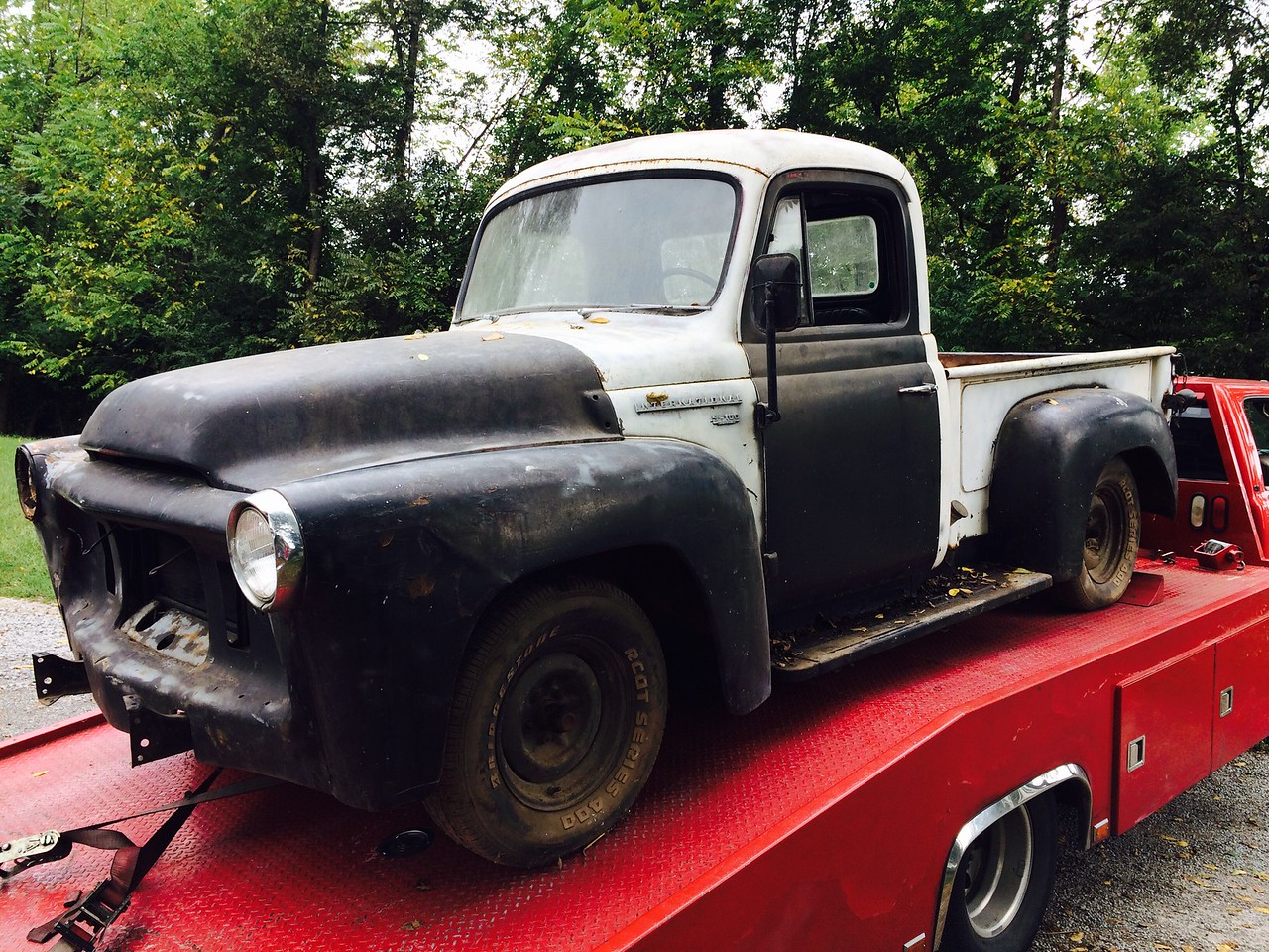 1957 International S-100 Pick Up (Hermitage, Tennessee to Nashville, Tennessee)