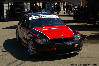 ST-DORAN RACING BMW 128i
