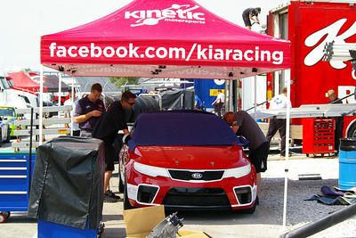 KINETIC/KIA RACING KIA FORTE KOUP