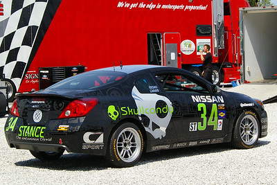 SKULLCANDY TEAM NISSAN-NISSAN ALTIMA COUPE
