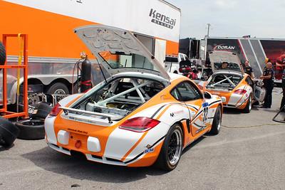ST-Kensai Racing Porsche Cayman
