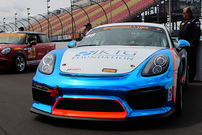 GS-Team TGM Porsche Cayman GT4