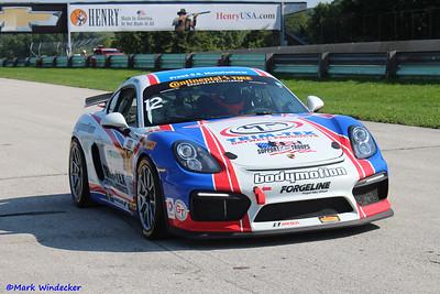 GS Bodymotion Racing Porsche Cayman GT4