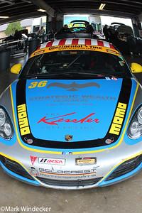 ST  Strategic Wealth Racing Porsche Cayman