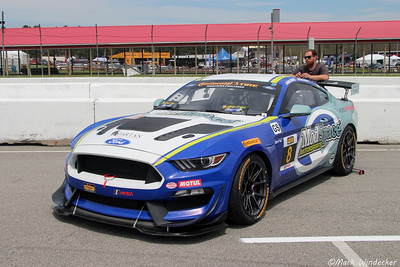 GS   Ford Mustang GT4 Multimatic Motorsports