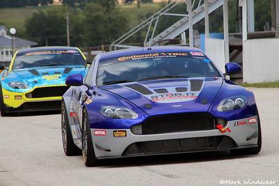 Automatic Racing Aston Martin Vantage