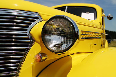 Yellow Rod  Sigma 18-50mm f/2.8 EX DC
