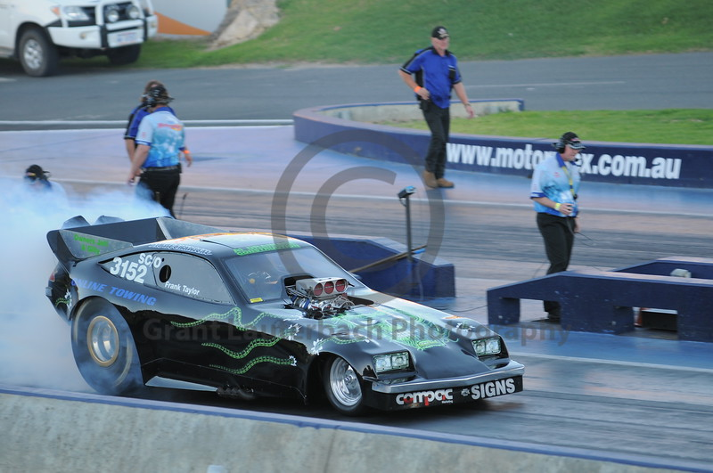 Racing at the Quit Motorplex in Kwinana Western Australia.