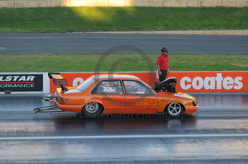 Racing at the Quit Motorplex in Kwinana Western Australia. A very quick VK Commodore.