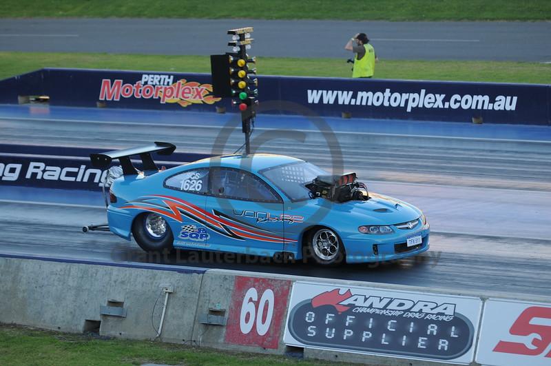 Racing at the Quit Motorplex in Kwinana Western Australia. Slightly modified Monaro.